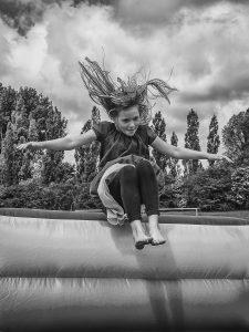 Nr 8-Fine Holten-Flyvende pige