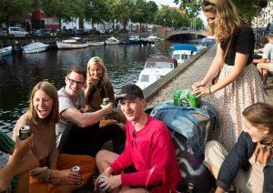 nr 22-Ole E Høy-Fest ved kanalen
