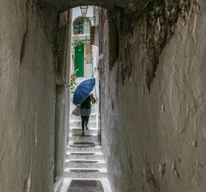 nr 8 - Lisbeth Larsen -Pigen med paraplyen