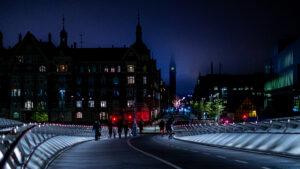 nr 22 Hans-Henrik Holfelt-Nat på broen